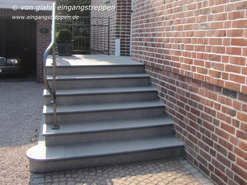 Aussentreppe Treppenanlage Aussen Gestalten Und Planen Mit Granit