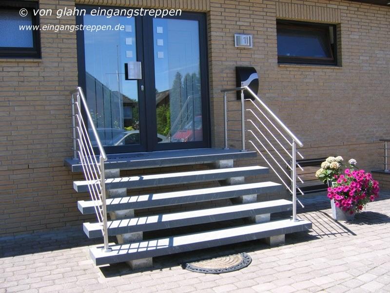 Turbo Freitragende Außentreppe aus Granit und Naturstein im GT41